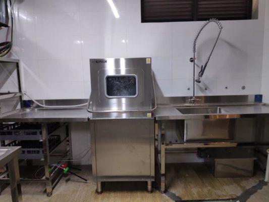 Máy-rửa-chén-bát-công-nghiệp-loại-nào-tốt-2